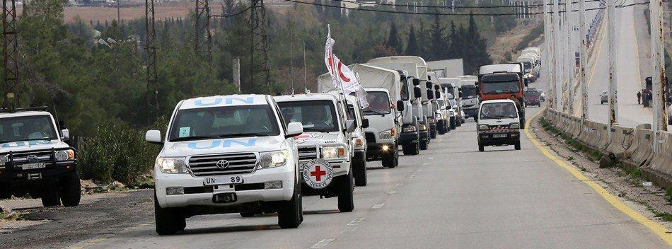 UN vehicles carrying aid to Madaya